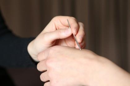 刺さない鍼(ていしん)によるオリジナルメソッド。 東洋医学に興味を持たれる全ての方におすすめです。