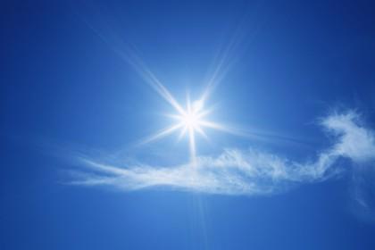 晴れた日の陽射しは夏本番そのもの。 知っているようで知らない紫外線についてお伝えします。